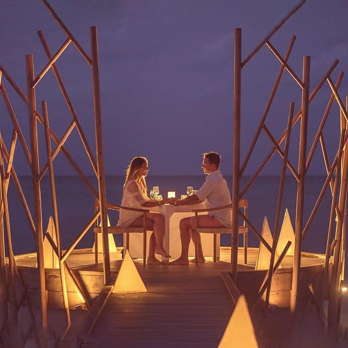 Secluded Handhu Dinner