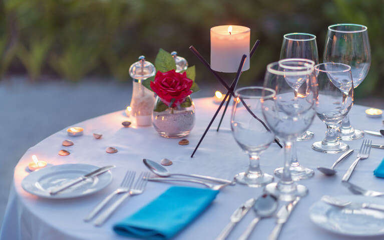 Romantic wine dinner candlelight table setup