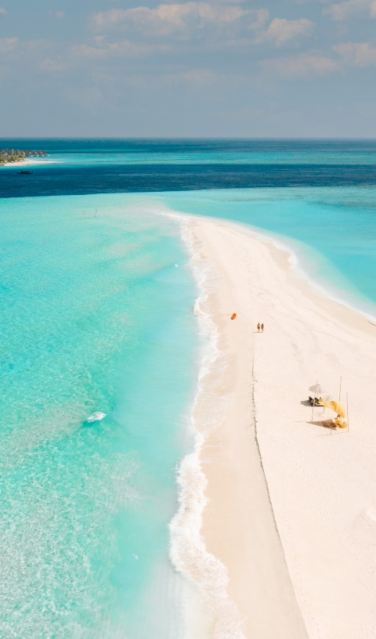 Natural sandbank near the Fushifaru Maldives Resort